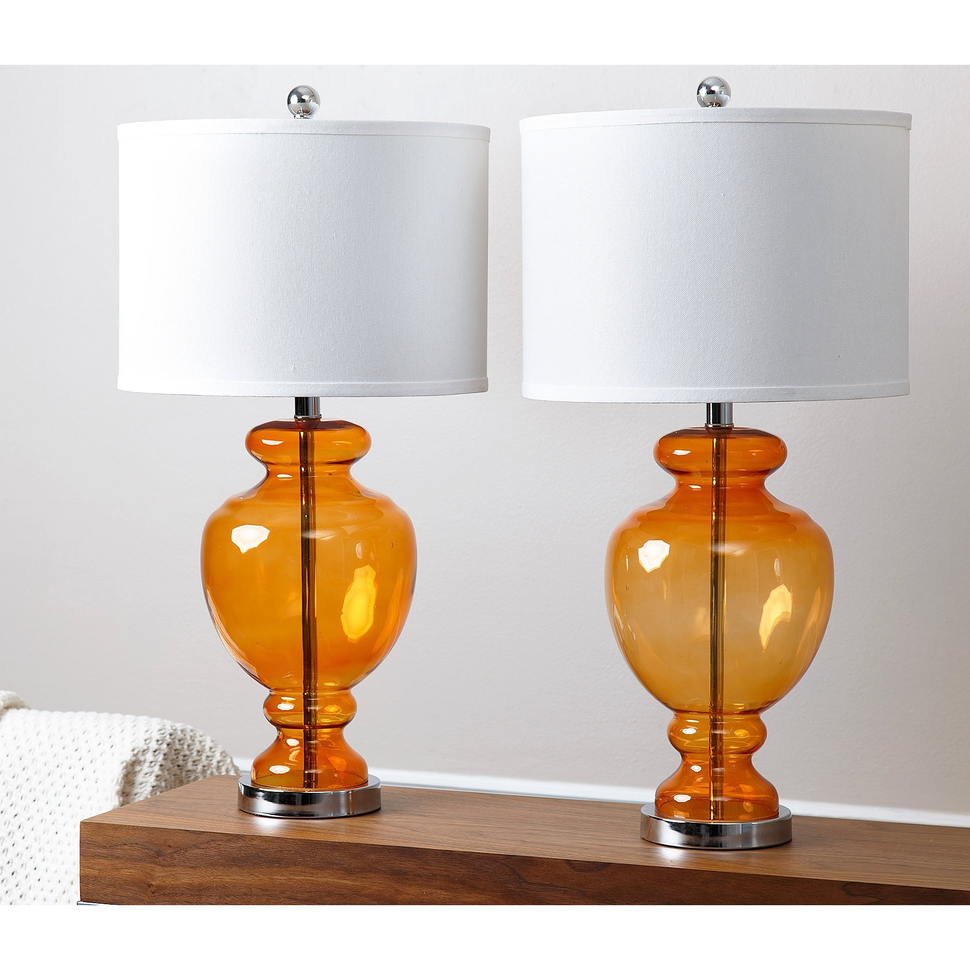 Orange october add a touch of fall into your oahu home for Orange table lamp