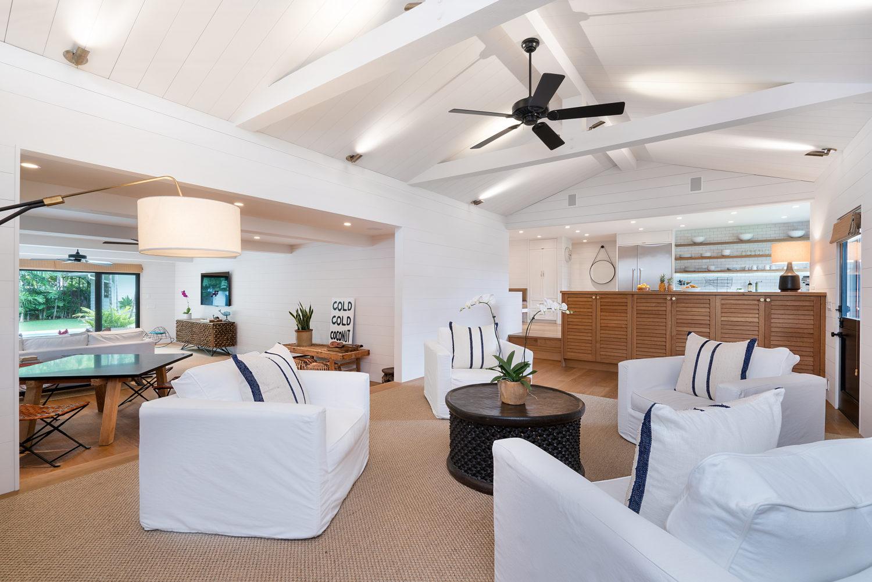 Extraordinary Hawaii Home: Contemporary Beach House in Kailua