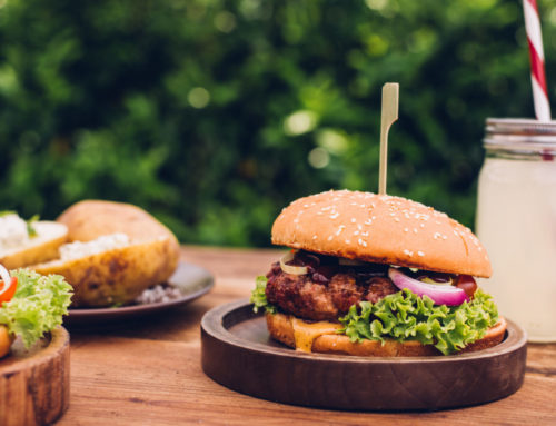 Where to Go On Oahu For a Savory Burger