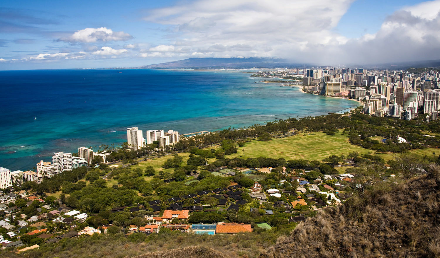 Honolulu and Waikiki Beach from above