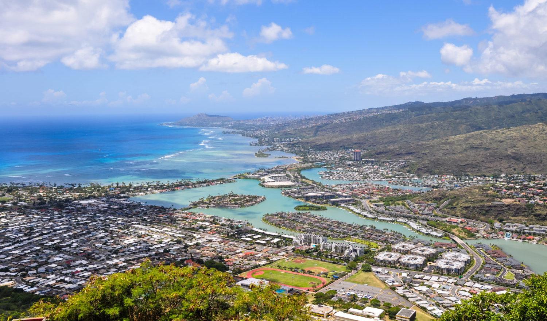 Stunning view of Hawaii Kai seen from the top of Koko Head near Honolulu - Hawaii, USA.